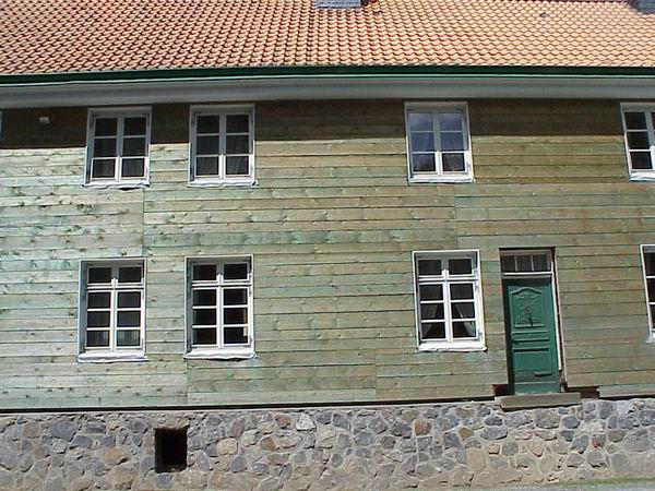 Fassade2Tr.jpg
